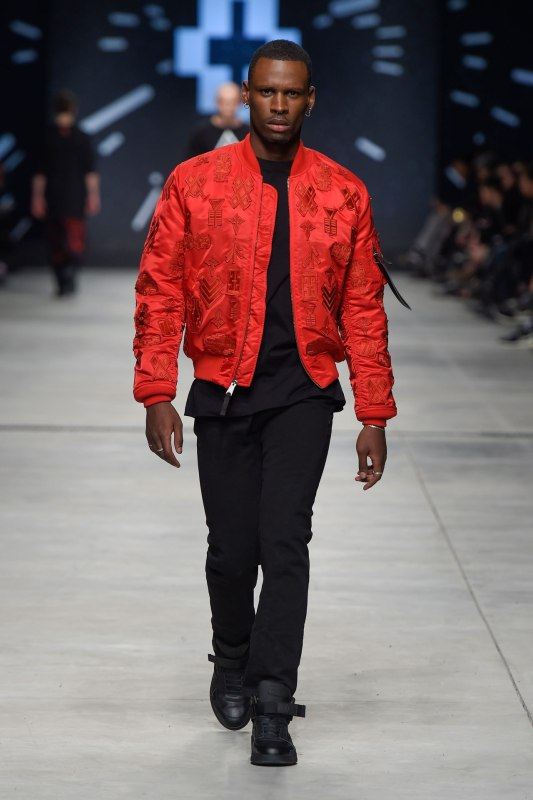 Marcelo-Burlon-County-Of-Milan-Menswear-Fall-WInter-15-16-Show-Milan-Men-Fashion-Week-Look-28