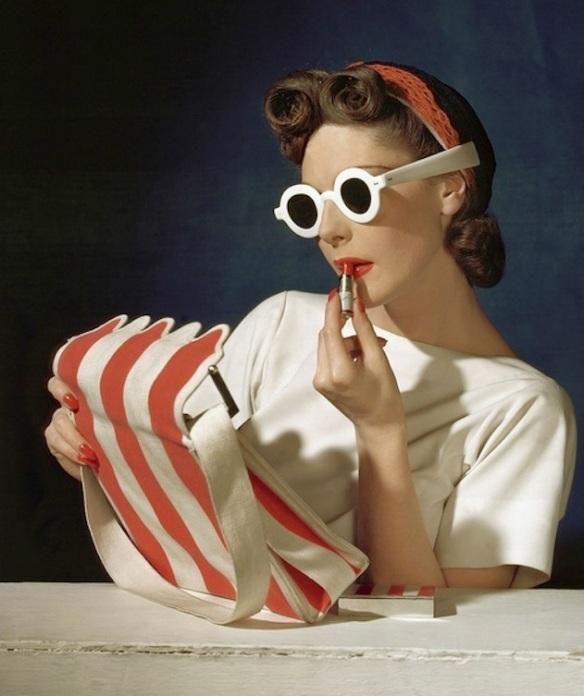 Vogue-1939-Horst_P_Horst1